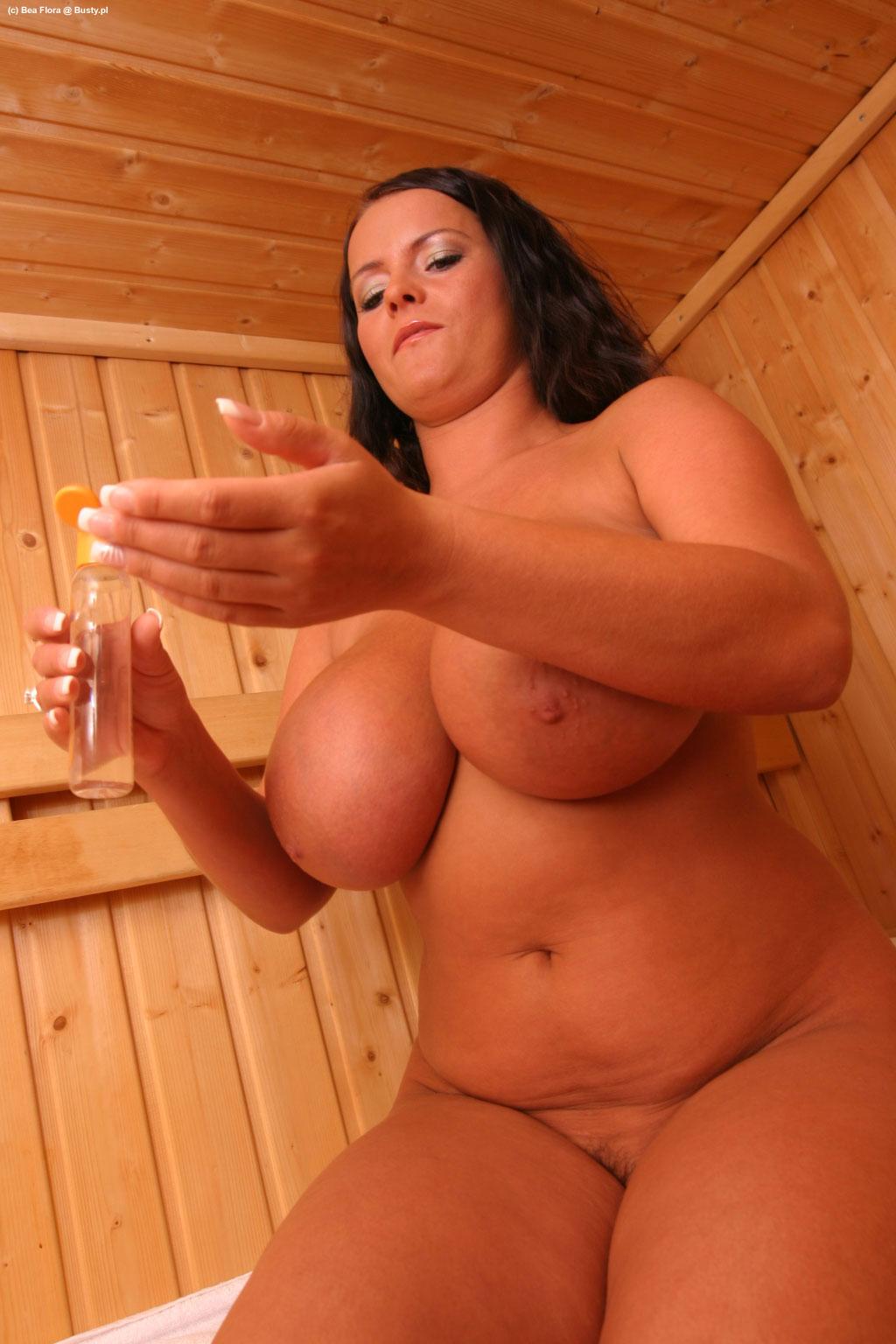 bea flora in hot sauna